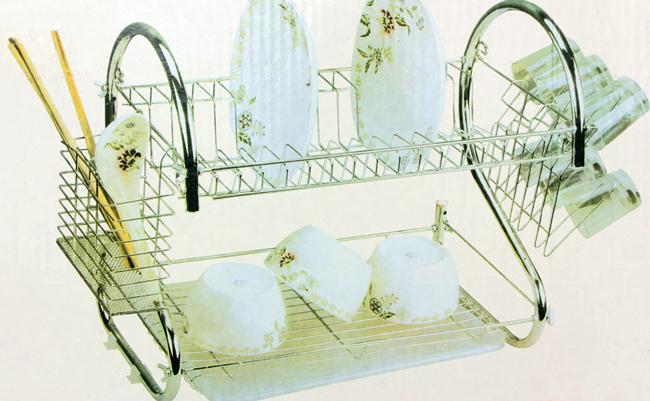 Sắp xếp đồ dùng inox cho nhà bếp gọn